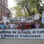 Éxito en la manifestación en defensa de la caza. Sevilla